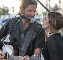 "fot. kadr z filmu ""A star is born"""